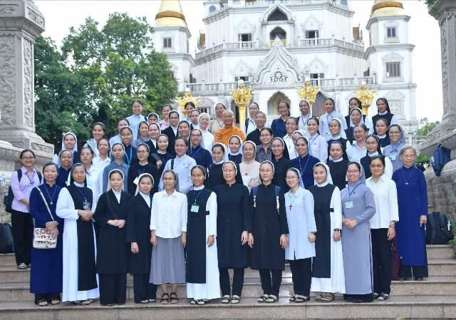Ban MVĐTLT và Học viện Phaolô Nguyễn Văn Bình thăm Tổ đình Bửu Long (25.09.2020)