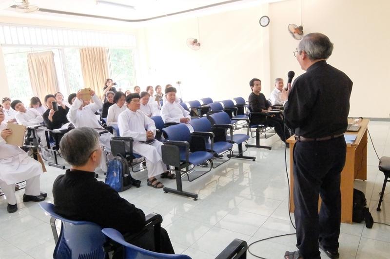 Khai giảng khóa Tìm hiểu Công giáo và Cao Đài (9.1.2021)