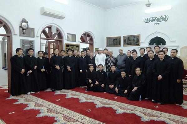 Chủng sinh Hà Nội thăm mosque Al Noor (13.11.2018)