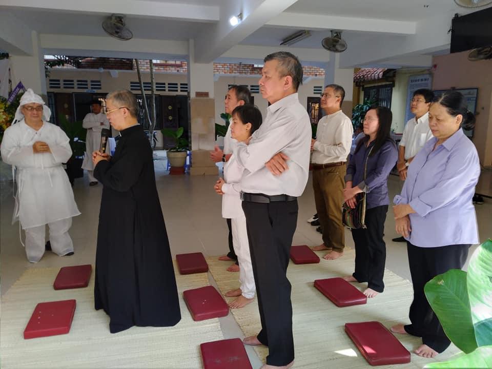 Ban MV ĐTLT: Kính viếng Lễ Sanh Hương Ất