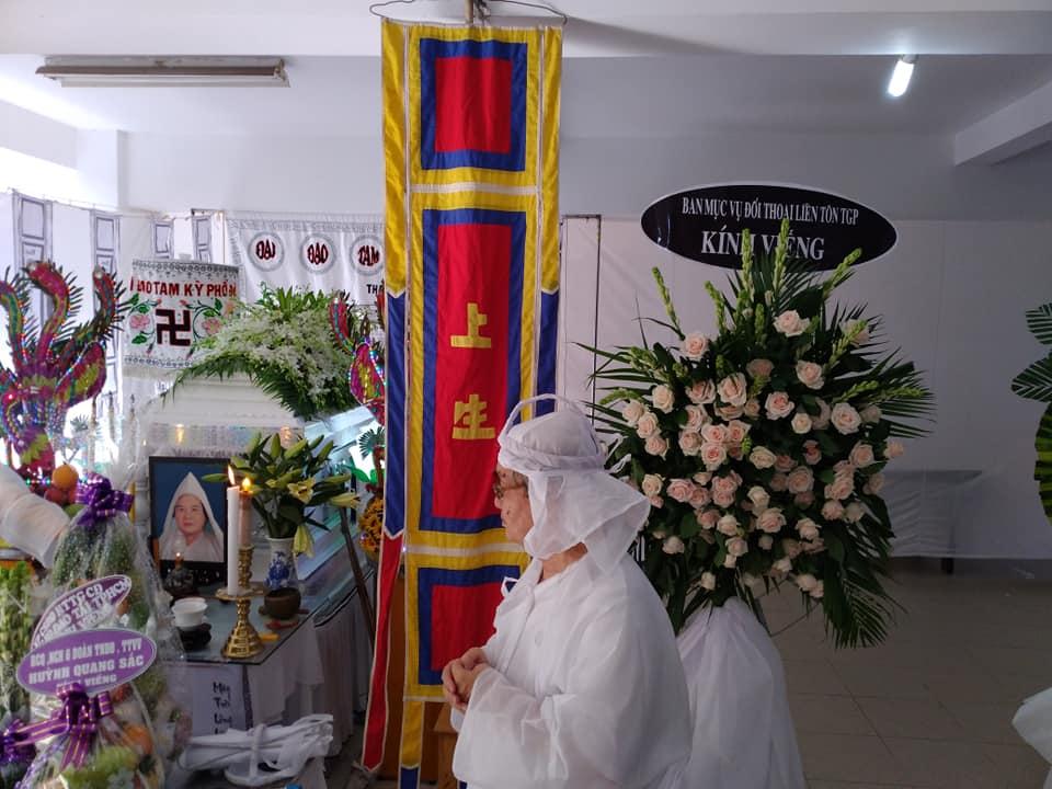 Ban MV ĐTLT kính viếng Lễ sanh Hương Ất (30.04.2020)
