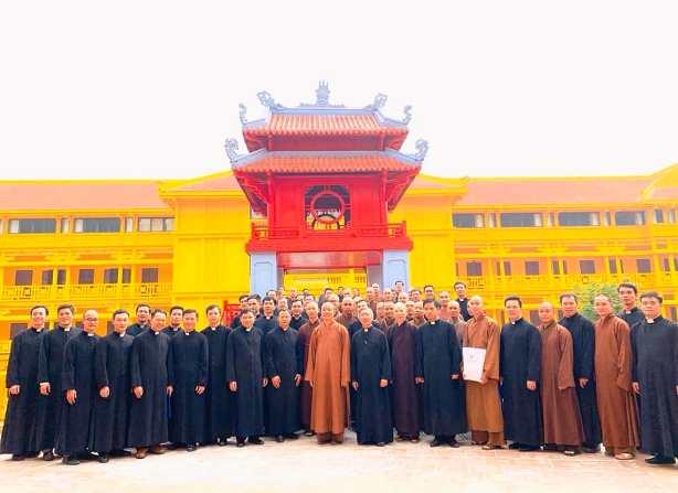 Chủng sinh ĐCV Thánh Giuse thăm Học viện Phật Giáo VN - Hà Nội (23.11.2019)