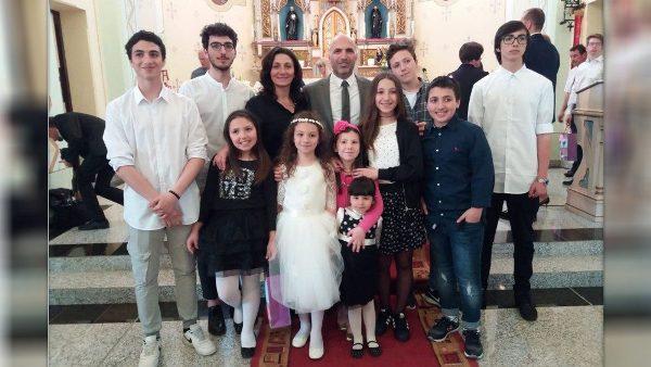 Cuộc sống chứng nhân của một gia đình ở Rumani với 10 người con