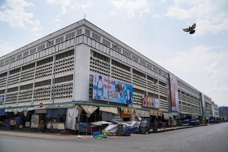 GP. Tông Toà Phnom Penh vinh dự đón nhận 4 triệu khẩu trang từ TGP TP.HCM