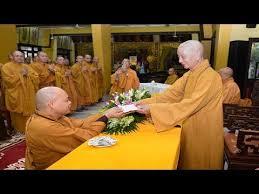 Lãnh đạo Phật giáo TP.HCM thăm 41 trường hạ quận huyện