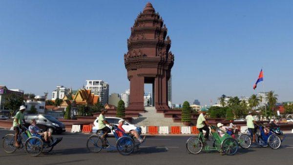 Giáo hội Phnom Penh và Tháng Truyền giáo Ngoại thường
