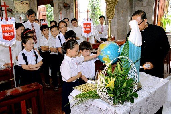 Phát triển vai trò tông đồ junior thuộc phong trào Legio Mariae trong mục vụ thăm viếng