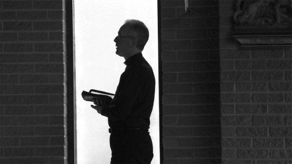 Cha Tom Colucci, một ơn gọi linh mục nảy sinh từ thảm kịch 11/09