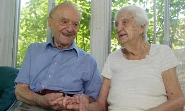 Các bí quyết của một hôn nhân hạnh phúc: Bí quyết của tuổi tác và thời gian (9)