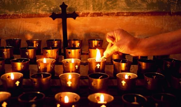 Sao Ngài bỏ rơi con?: SN Tin Mừng – Cầu cho các tín hữu đã qua đời (02.11.2017)