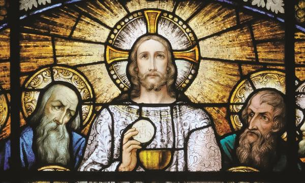 Tôn sùng Thánh Thể trong tháng Tư của thời dịch bệnh Covid-19