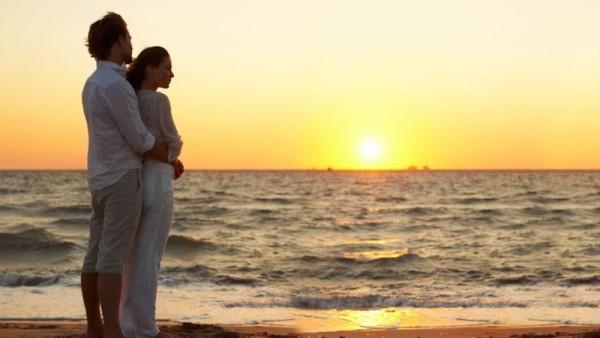 Các bí quyết của một hôn nhân hạnh phúc: Bí quyết tình yêu lãng mạn (7)
