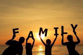 Hôn nhân gia đình: Thách đố và thăng tiến