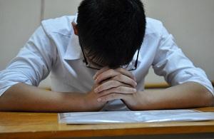 Khi con bạn học hành khó khăn, hãy nhớ 6 vị Thánh này