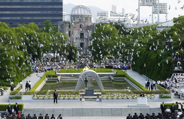 Giám mục Hiroshima cầu nguyện cho hòa bình và giải trừ vũ khí hạt nhân
