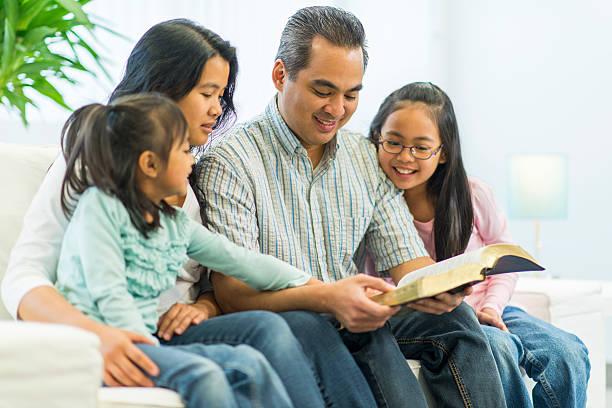 5 phương cách giúp nuôi dưỡng Đức Tin cho con cái của bạn