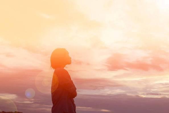 Năm cách thức đơn giản để đem cầu nguyện vào trong ngày sống