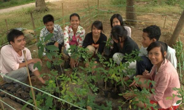 Sống xanh - Con đường nên thánh cùng với người trẻ trong bối cảnh khủng hoảng sinh thái hiện nay
