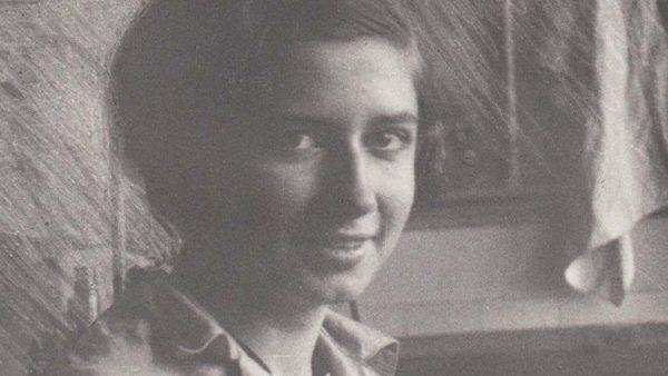 Vị bác sĩ anh hùng đã giúp đỡ các nữ tu bị tấn công tình dục vào cuối Thế chiến thứ hai