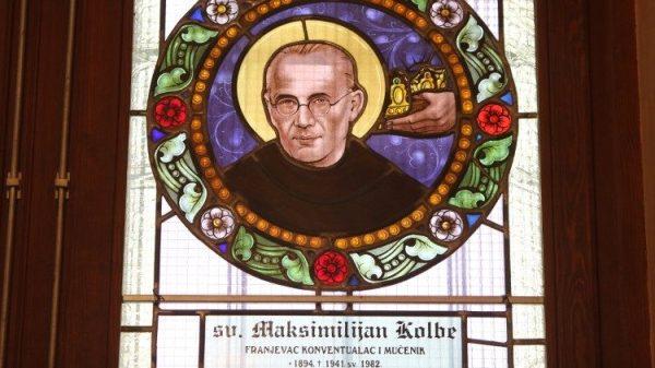 Thánh tích thánh Maximiliano Kolbe được đặt trong nhà nguyện của Quốc hội Ba Lan
