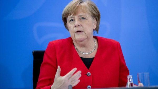 Điện đàm giữa ĐGH và Thủ tướng Merkel của Đức về việc giúp đỡ các nước nghèo