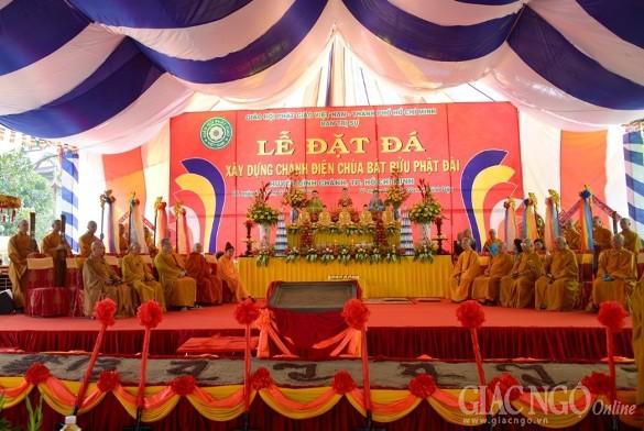 Long trọng lễ đặt đá xây dựng Bát Bửu Phật Đài
