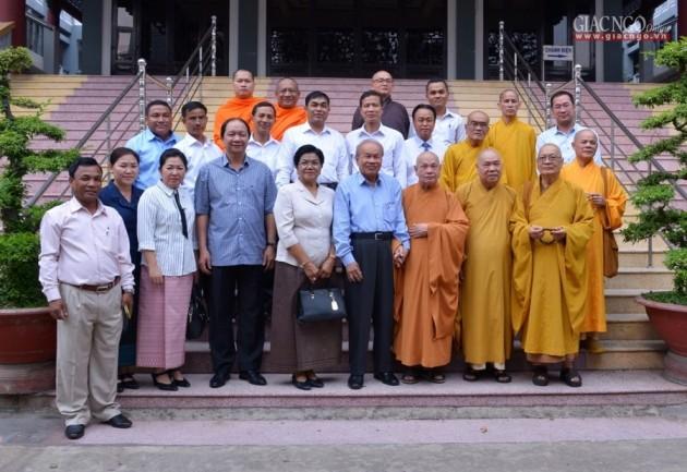 TP.HCM: Bộ Lễ nghi và Tôn giáo Campuchia thăm VP II TƯGH