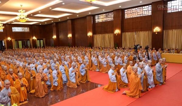 Chí thành cầu được giới pháp và tôn trọng giới pháp của Đức Phật