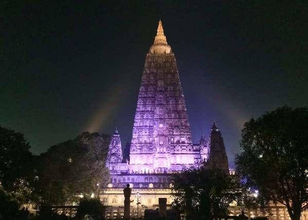 Ấn Độ: Công trình thắp sáng tháp Đại Giác sắp hoàn mãn