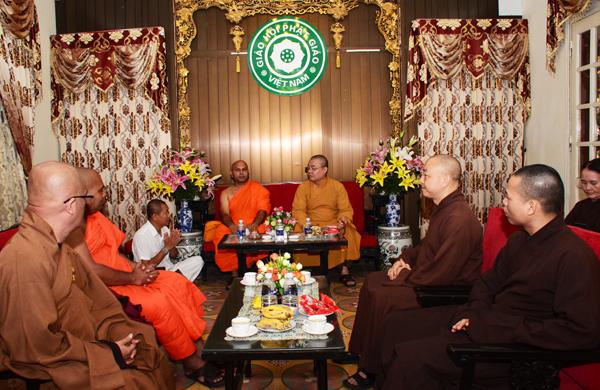 Trung ương Giáo hội tiếp đoàn Phật giáo từ Ấn Độ