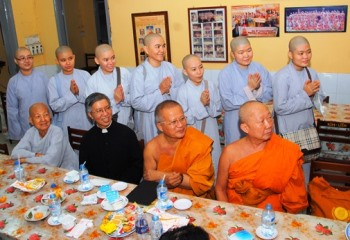 Đoàn Phật giáo Thái Lan thăm chùa Kim Liên (13.12.2016)