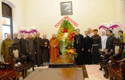 Ban Trị Sự Phật giáo Tp.HCM, Hà Nội và Thái Bình chúc mừng Giáng sinh 2019