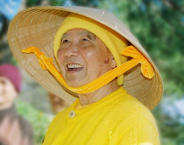 Lời chúc xuân của Thiền sư Thích Thanh Từ: ``Gá thân mộng``