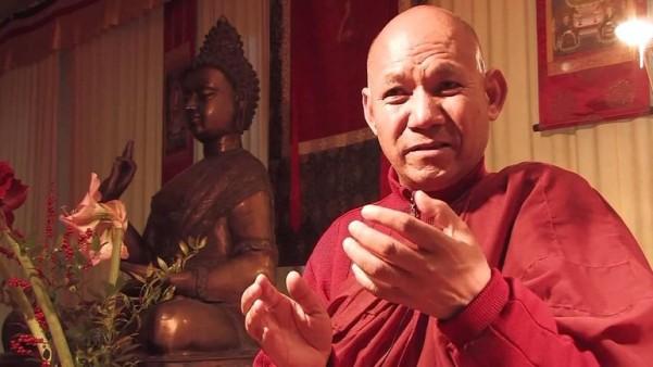 Vị Tỳ-kheo kêu gọi thế giới hưởng ứng Năm của lòng từ bi