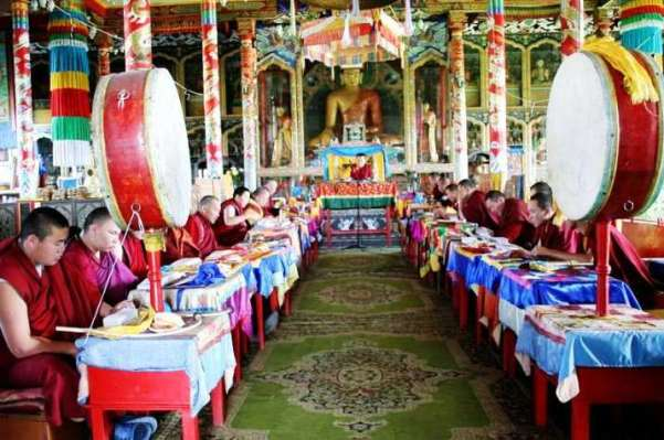 Nga: Phật giáo cầu nguyện bình an trước dịch bệnh