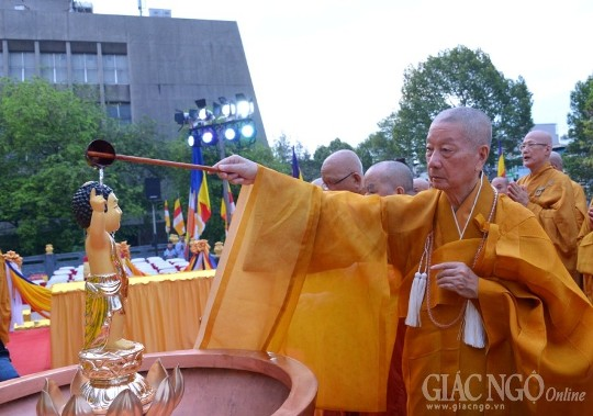 HT. Thích Trí Quảng nói về ý nghĩa Lễ tắm Phật