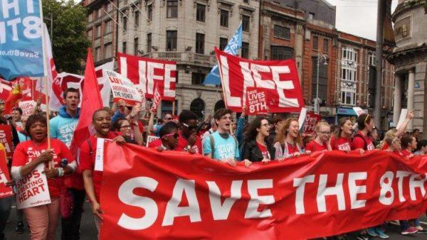 Các Giám mục Bắc Ai-len phản đối việc phá thai và hôn nhân đồng giới