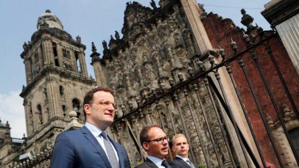 Nhà thờ chính tòa Mexico City suýt bị đốt