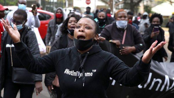 Sứ thần Tòa Thánh liên đới với các Giám mục Zimbabwe bị chính phủ tấn công