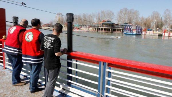 ĐGH Phanxicô đau buồn vì tai nạn chìm phà ở Iraq