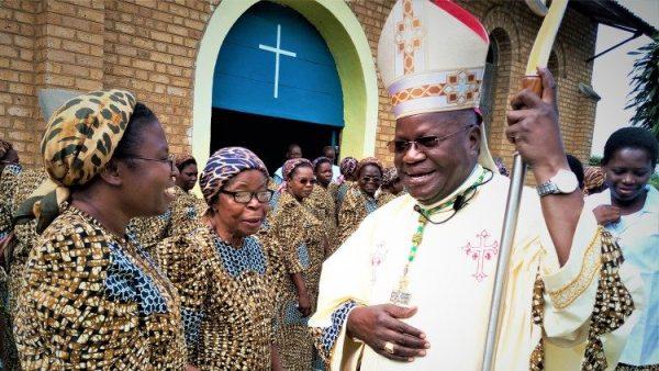 """Tổ chức """"Trợ giúp các Giáo hội đau khổ"""" giúp đỡ các nữ tu Congo gặp khó khăn vì đại dịch"""