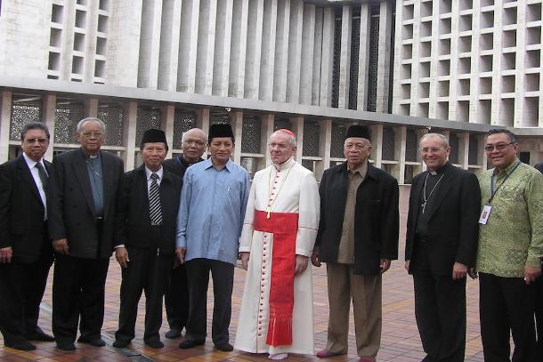 Người Hồi giáo Indonesia thương tiếc Đức Hồng y Jean-Louis Tauran