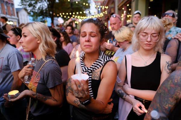 ĐGH Phanxicô cầu nguyện cho nạn nhân các vụ xả súng tại Mỹ
