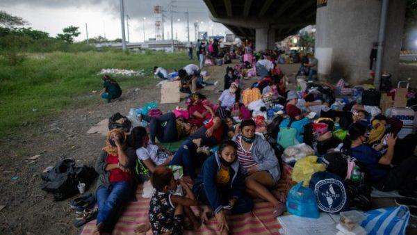 """Tổ chức """"Các đôi vợ chồng vì Chúa Kitô"""" giúp công nhân Philippines ở nước ngoài"""