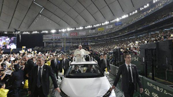 ĐGH Phanxicô dâng thánh lễ tại hội trường thể thao Tokyo Dome