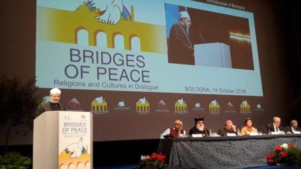 ĐGH Phanxicô kêu gọi các tôn giáo liên kết phụng sự hòa bình