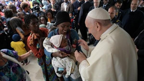 ĐGH Phanxicô thăm bệnh viện Zimpeto chữa trị sida