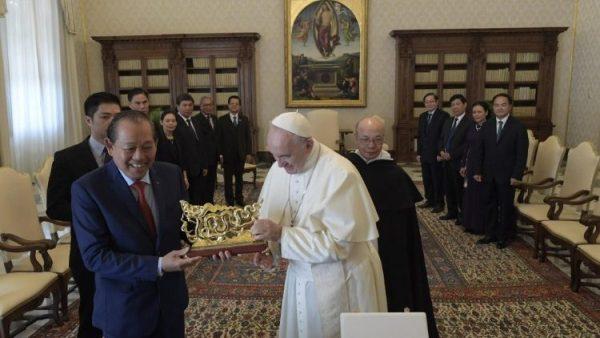 ĐGH Phanxicô tiếp Phó Thủ tướng Trương Hòa Bình