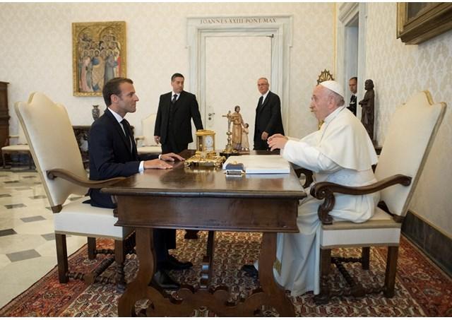 Đức Giáo hoàng Phanxicô tiếp tổng thống Pháp Emmanuel Macron