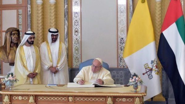 ĐGH Phanxicô và thái tử Abu Dhabi ký tuyên ngôn chung về sức khỏe toàn cầu